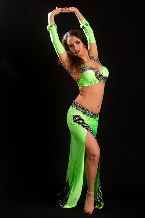 Восточные танцы — завораживающая пластика